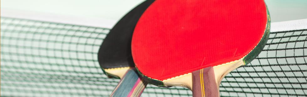 英国18个月婴儿乒乓球技出众会扣杀