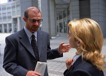 跟外国人初次见面简单的英语口语对话